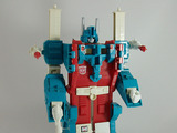 Transformers Ultra Magnus Generation 1 thumbnail 0