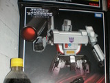 Transformers MP-05: Megatron Generation 1 (Takara) thumbnail 3