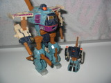 Transformers Cyclonus w/ Crumplezone Unicron Trilogy