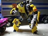 Transformers Sunstreaker Classics Series thumbnail 6