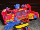 Transformers Autobot Spark BotCon Exclusive