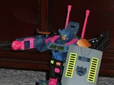 Transformers Clench BotCon Exclusive