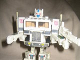 Transformers Ultra Magnus Generation 1 thumbnail 8