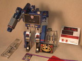 Transformers Soundwave Generation 1 thumbnail 9