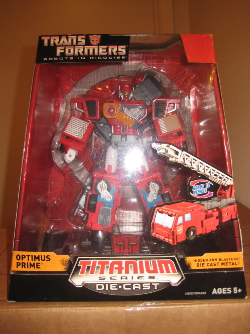 Transformers Optimus Prime (Robots In Disguise) Titanium