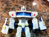 Transformers Ultra Magnus vs. Skywarp (Target Exclusive) Classics Series thumbnail 0