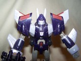 Transformers Cyclonus w/ Nightstick Classics Series thumbnail 19
