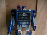Transformers Soundwave Generation 1 thumbnail 25