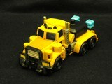 Transformers Huffer w/ Cali-Burst Power Core Combiners thumbnail 1