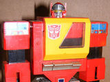 Transformers Blaster Generation 1 thumbnail 1