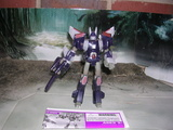 Transformers Cyclonus w/ Nightstick Classics Series thumbnail 34
