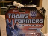 Transformers Cyclonus w/ Nightstick Classics Series thumbnail 38