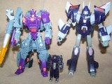 Transformers Cyclonus w/ Nightstick Classics Series thumbnail 41