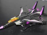 Transformers Ultra Magnus vs. Skywarp (Target Exclusive) Classics Series image 4