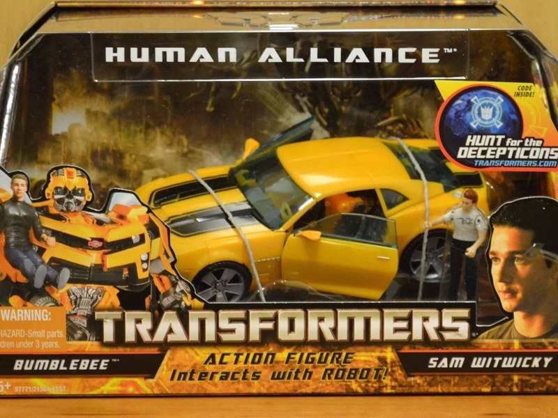 Transformers Bumblebee & Sam Witwicky Transformers Movie Universe