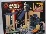 Star Wars Motorized Theed Hangar Playset Episode I - The Phantom Menace
